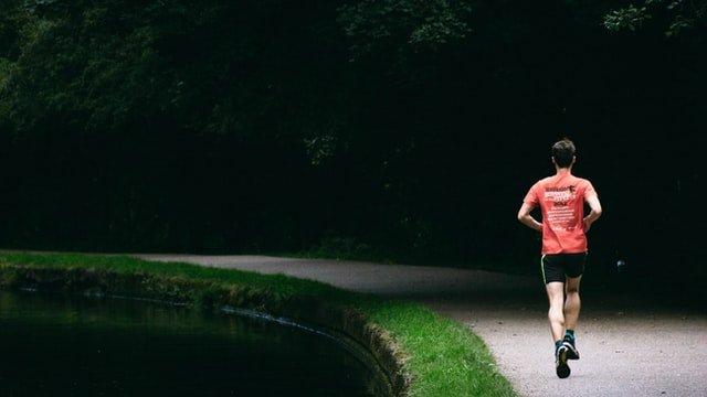 Maglietta tecnica da running: 7 modelli per ogni occasione